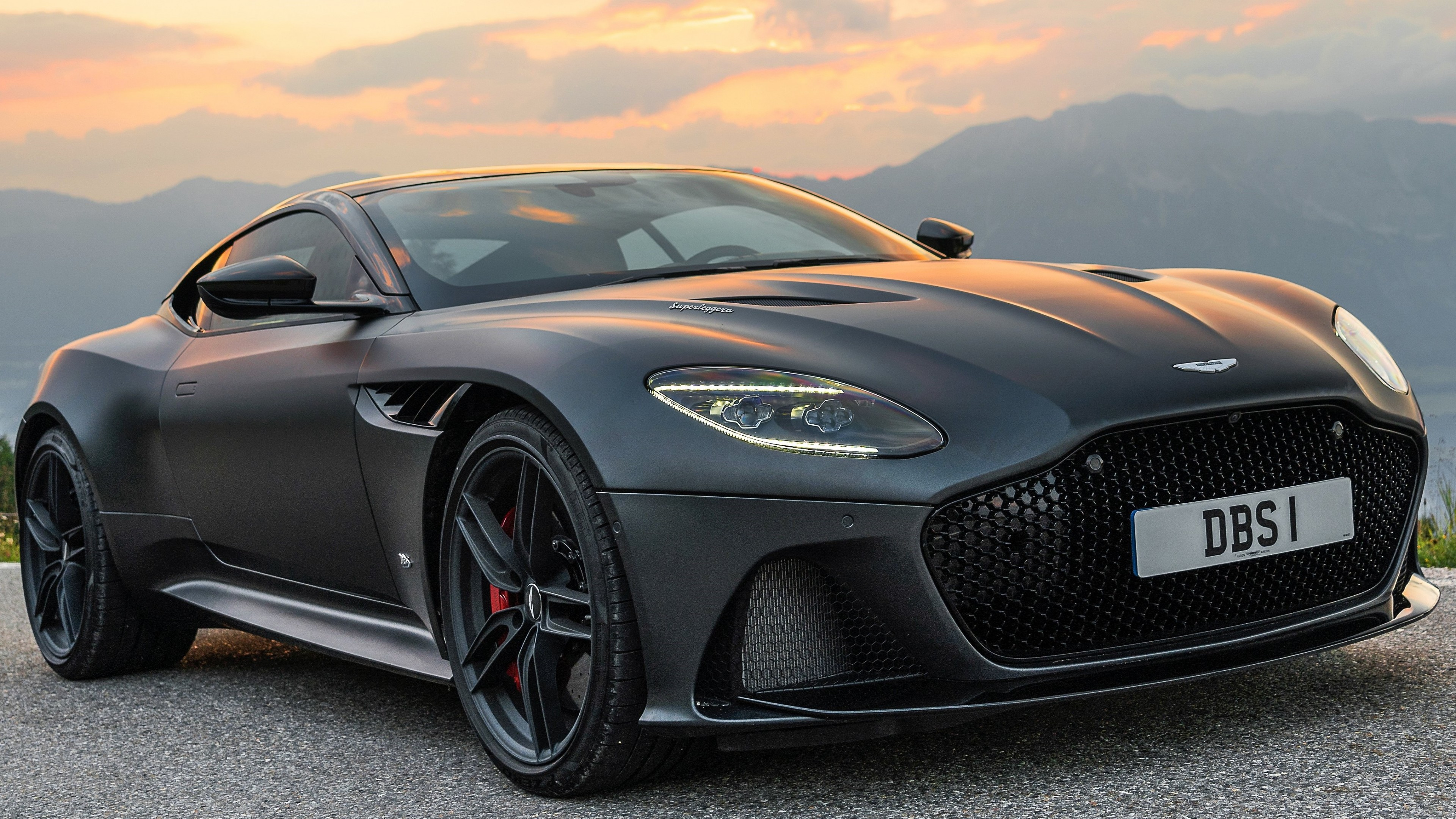 Aston Martin Wallpaper 4k Posted By Zoey Simpson