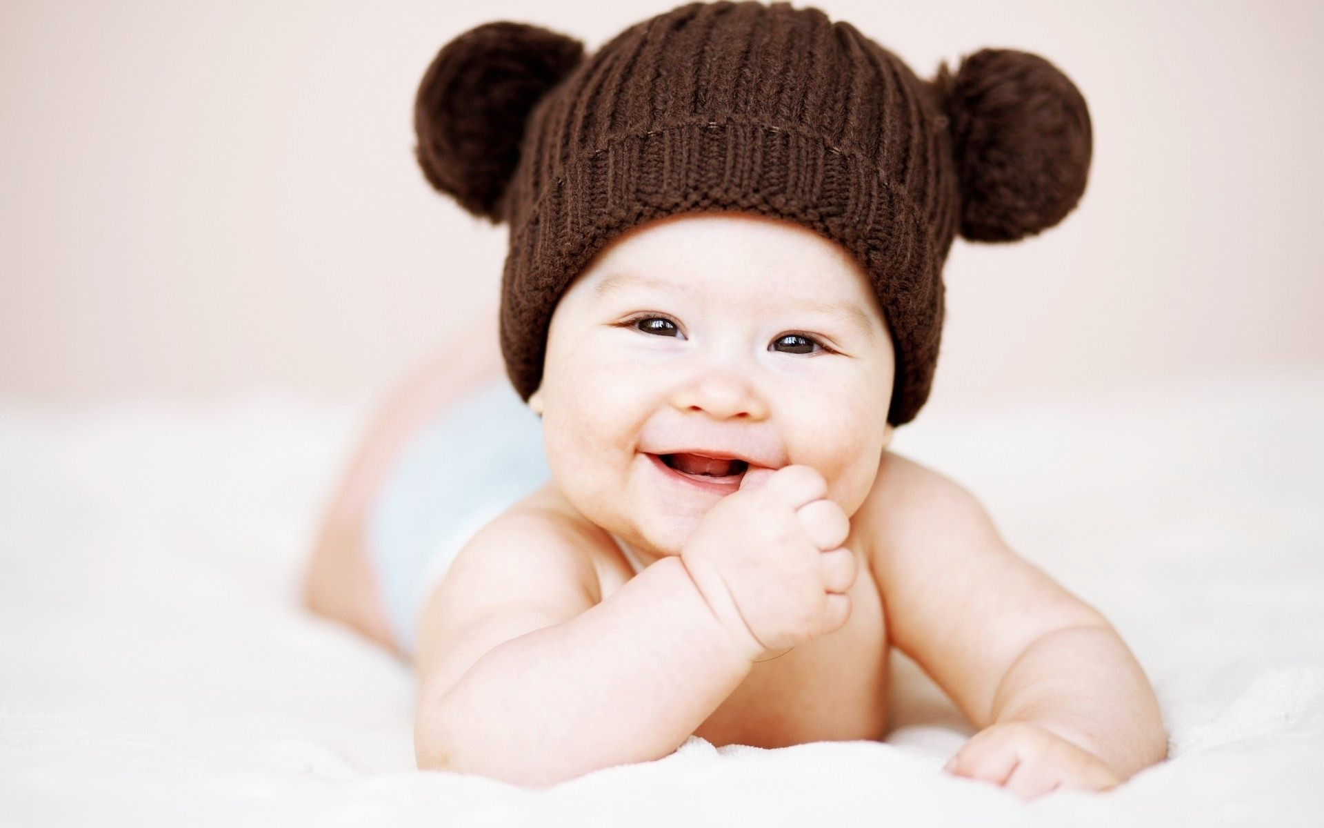 Baby Wallpaper Hd Posted By Michelle Tremblay