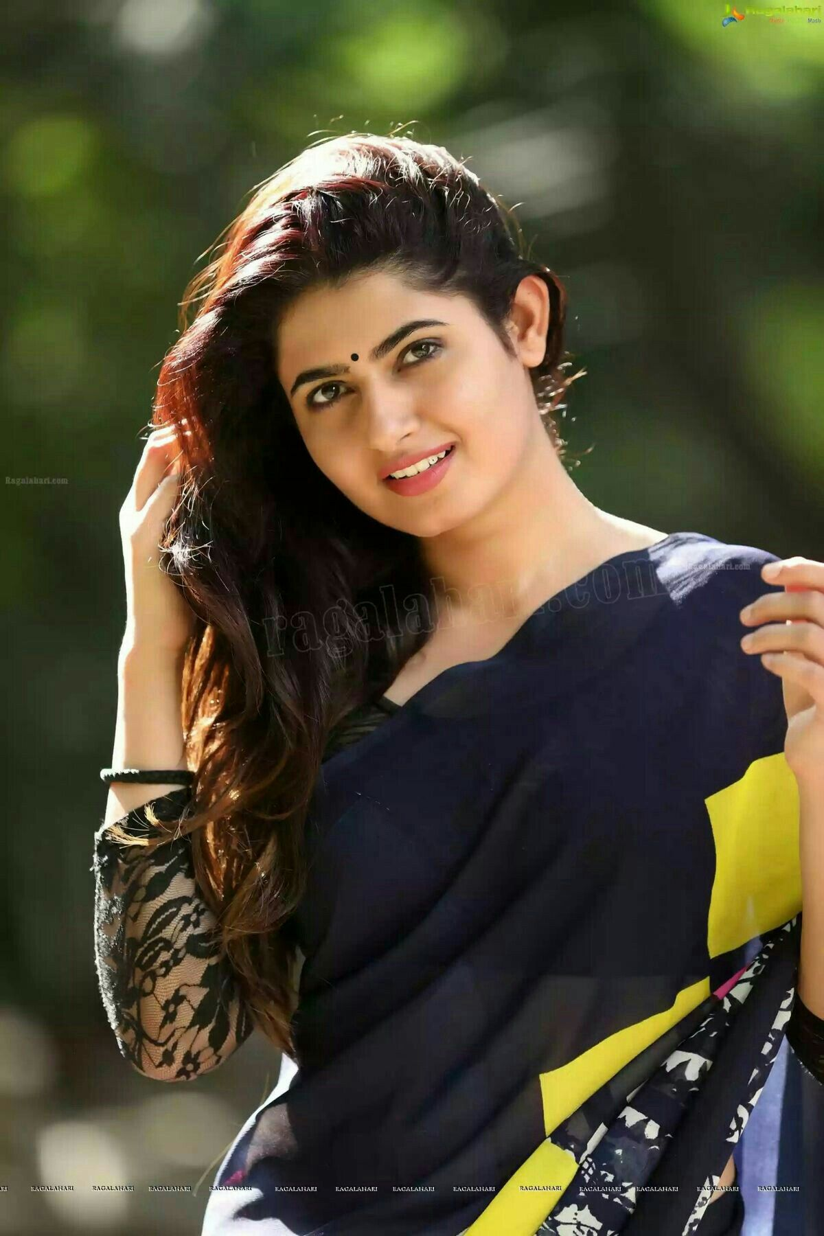 Photos of beautiful indian ladies