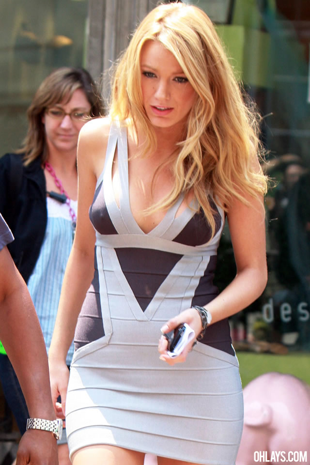 Blake Lively Iphone Wallpaper Posted By Ethan Peltier