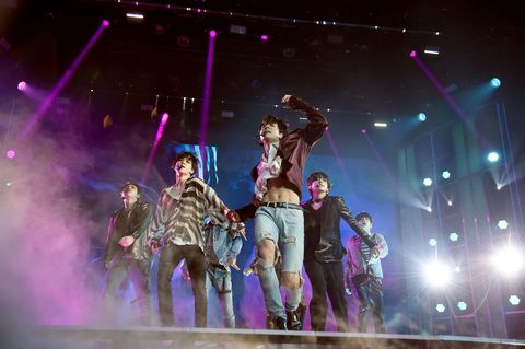 Bts Concert Wallpapers Posted By Sarah Walker