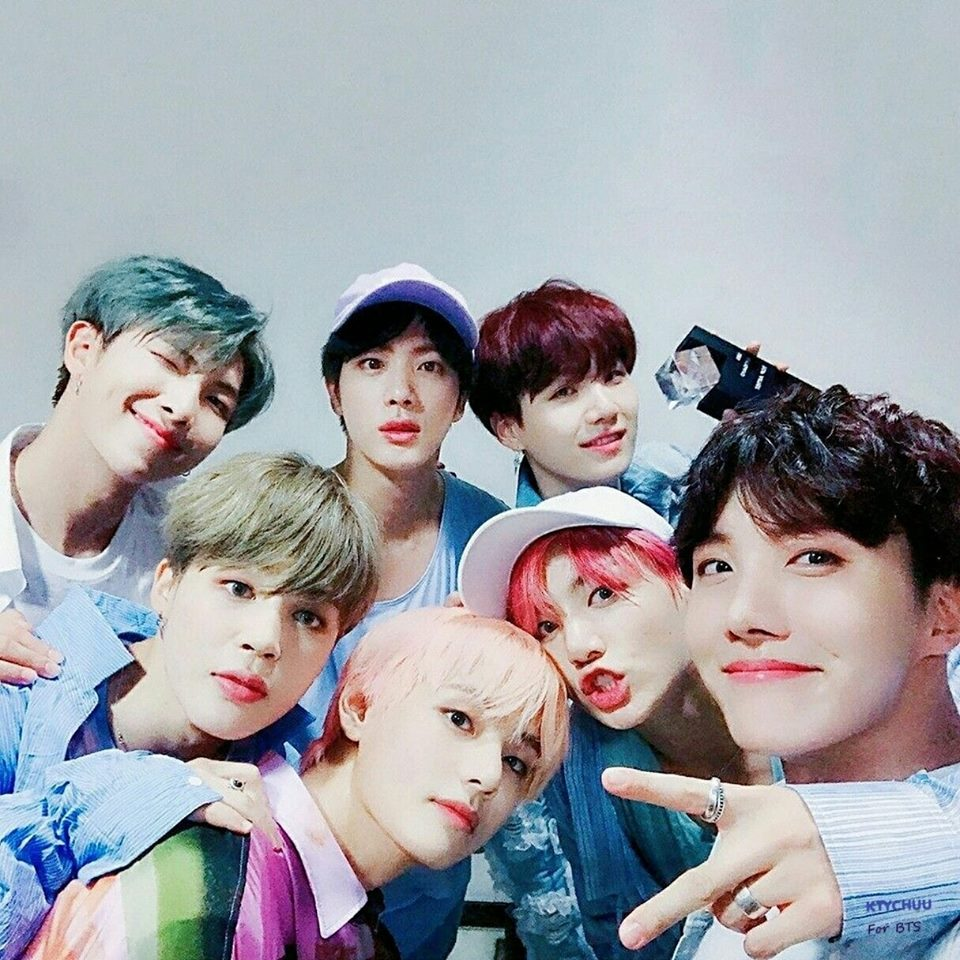 Free download Bts Wallpapers HD Posts Facebook 960x960 for