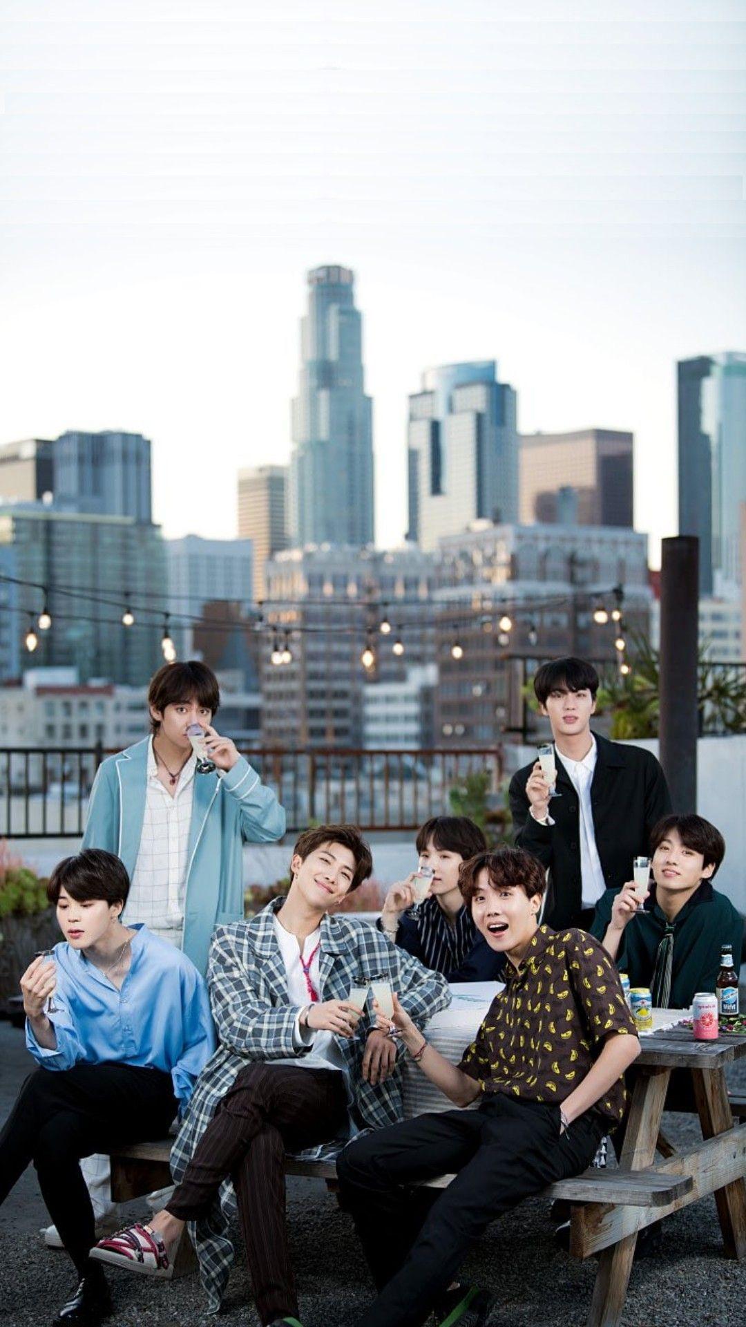 Love JHopea d in 2019 Bts wallpaper, Bts jimin, Bts group