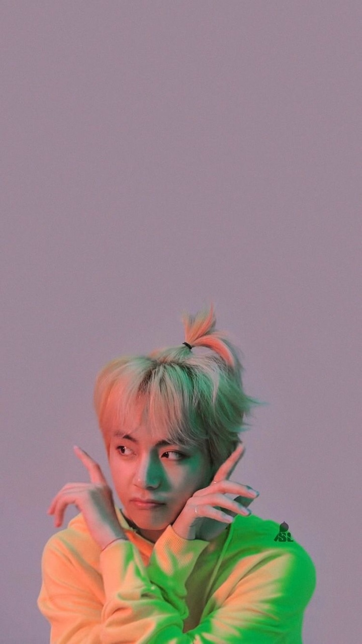 Image about cute in taehyung wallpaper by