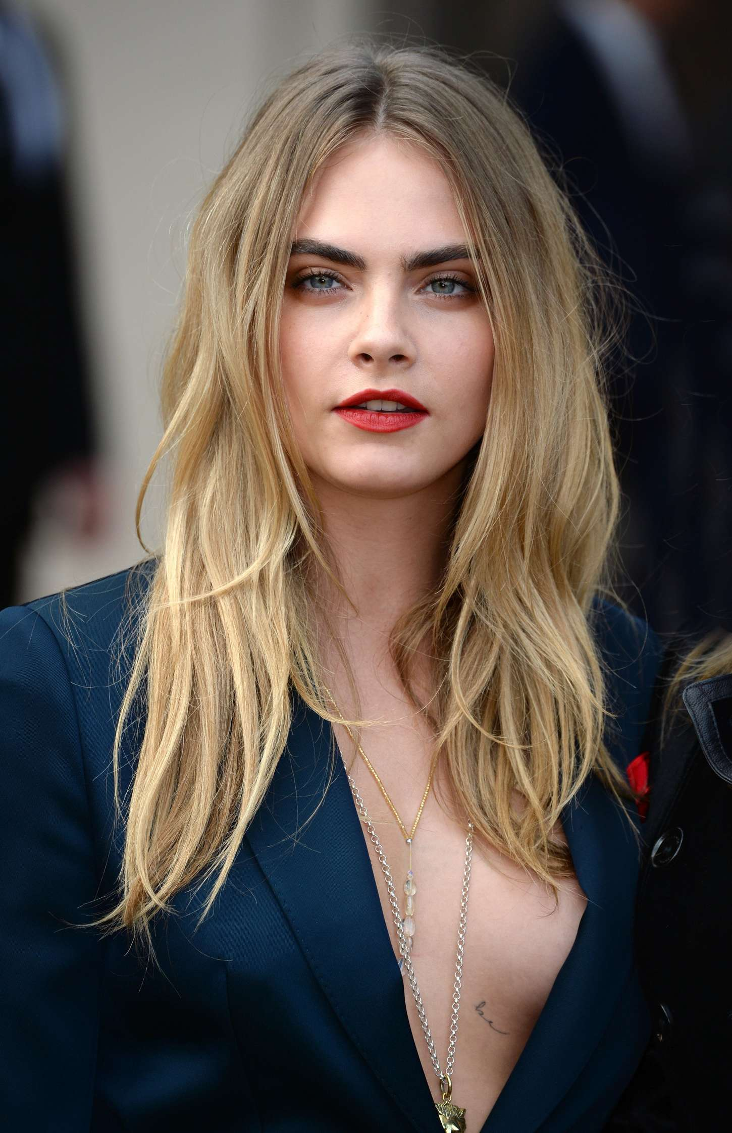 Cara Delevingne Iphone Wallpaper Posted By Ethan Thompson