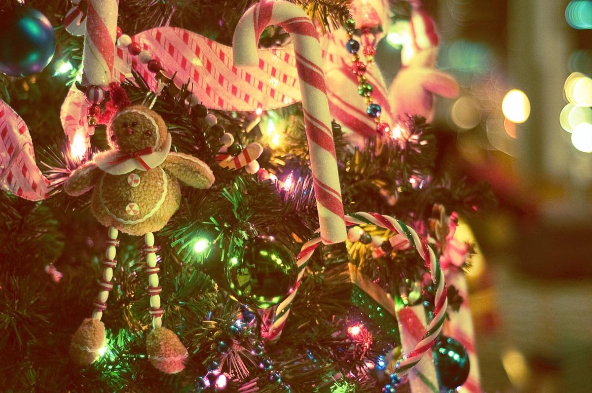 Christmas Desktop Wallpaper Tumblr Posted By Ethan Mercado