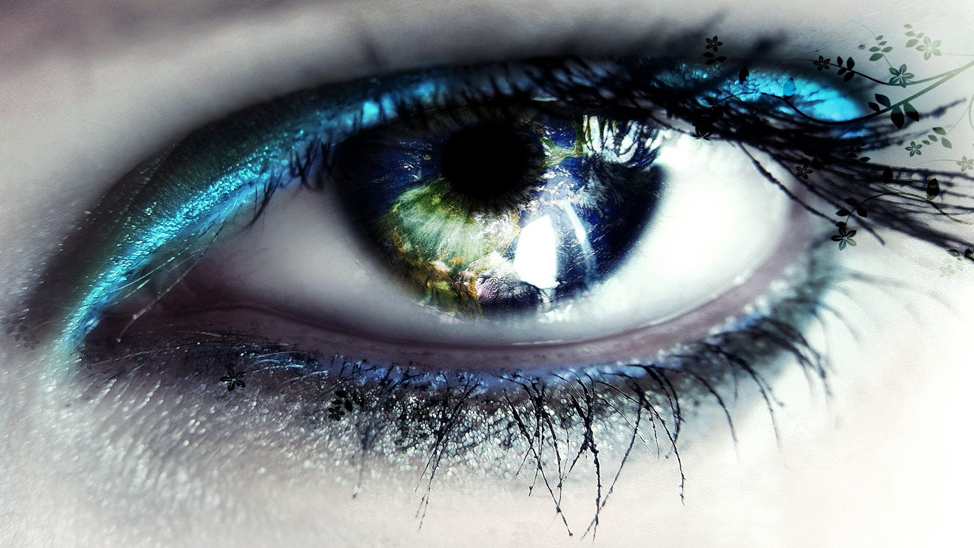 Beautiful Eyes Art 3D and Abstract HD Free Wallpapers For