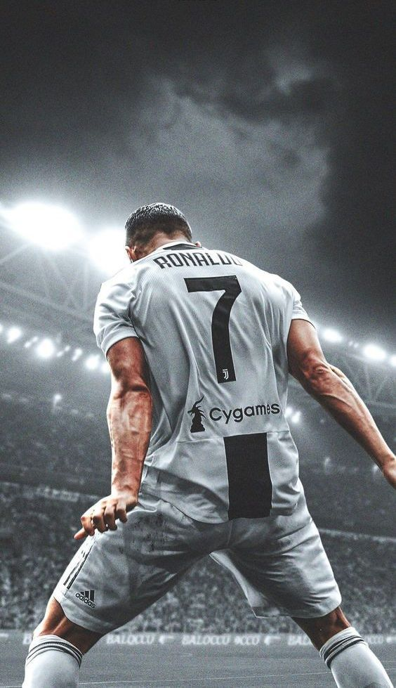 Cristiano Ronaldo Iphone 5 Wallpaper Posted By Ethan Peltier
