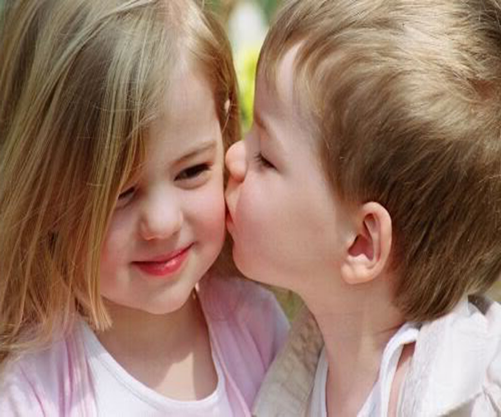 Cute Love Baby Couple Wallpapers For Mobile Posted By Ryan Sellers