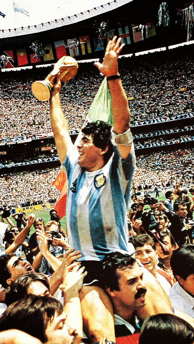 Diego Maradona Wallpapers Posted By Ryan Thompson