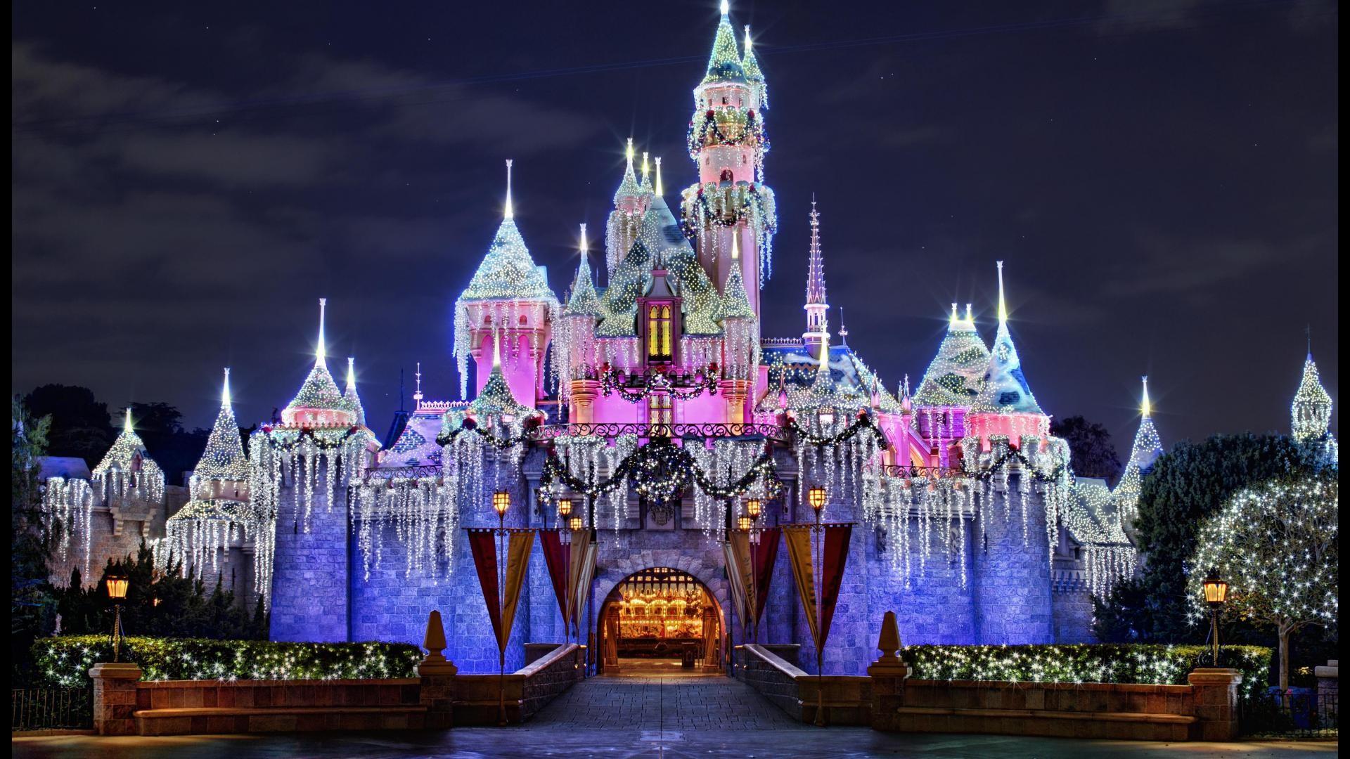 70 Disneyland Castle Wallpapers on WallpaperPlay