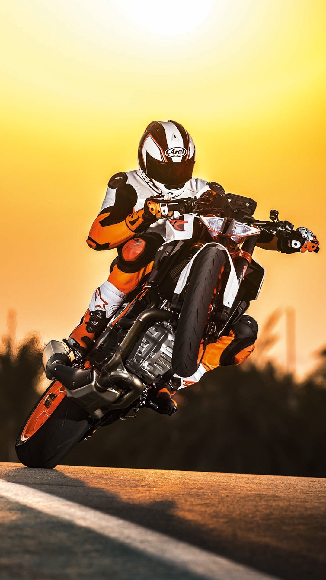 Ktm Iphone Wallpaper Posted By Sarah Simpson