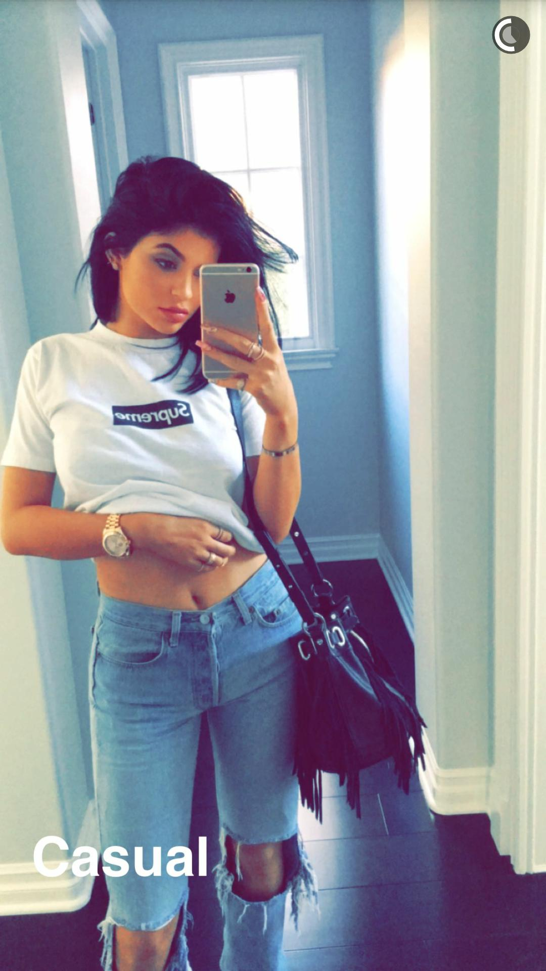 Kylie Jenner Wallpapers Posted By Ryan Tremblay