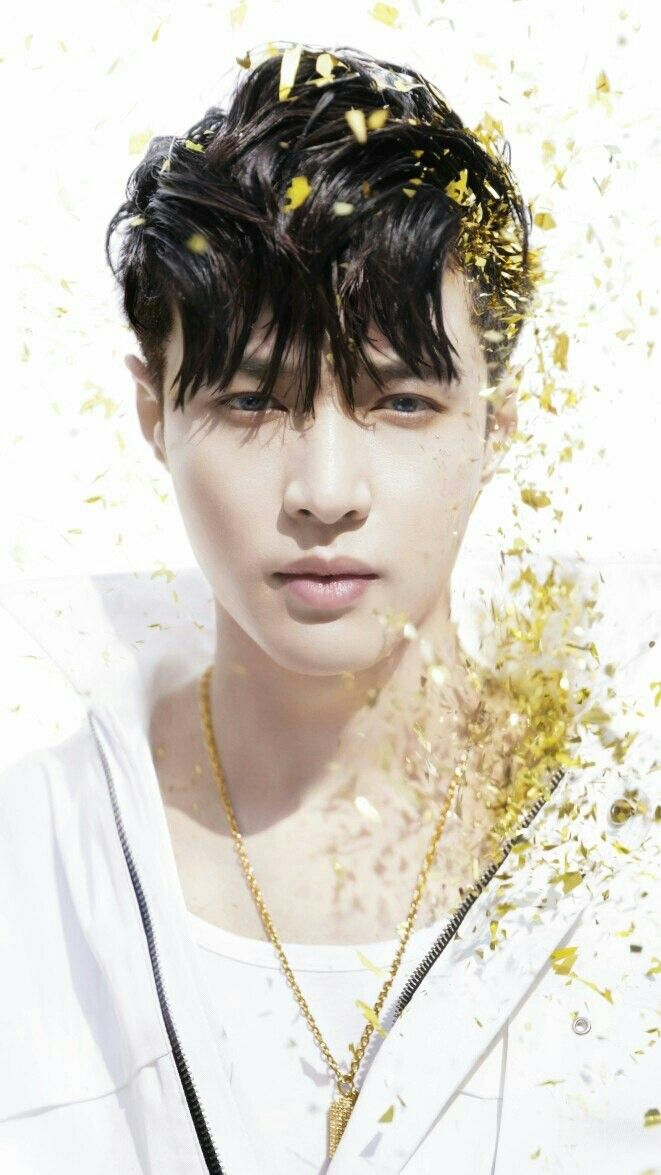 Lay Exo Wallpapers Posted By Ethan Sellers