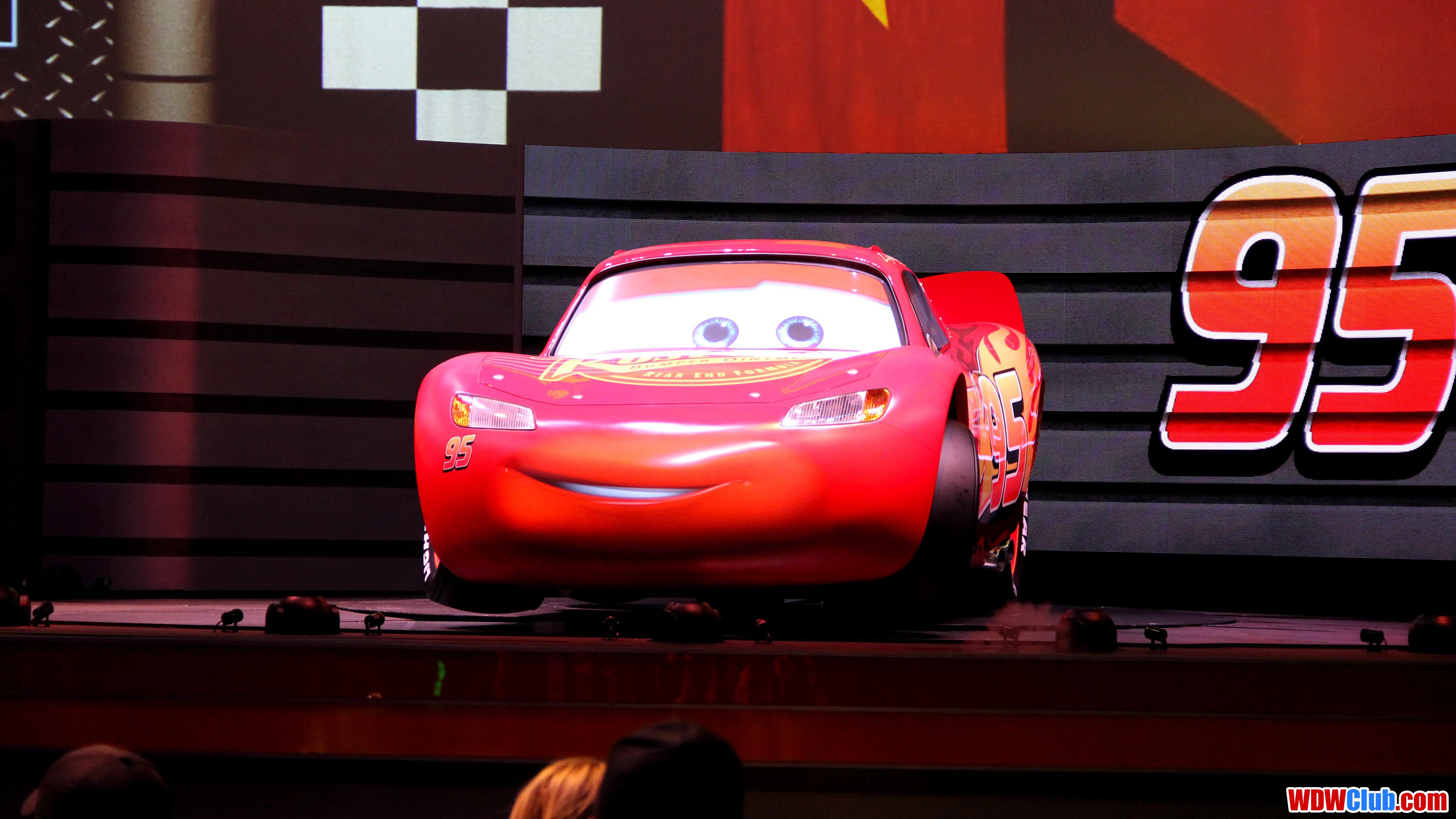 Lightning Mcqueen Wallpaper Posted By Zoey Johnson