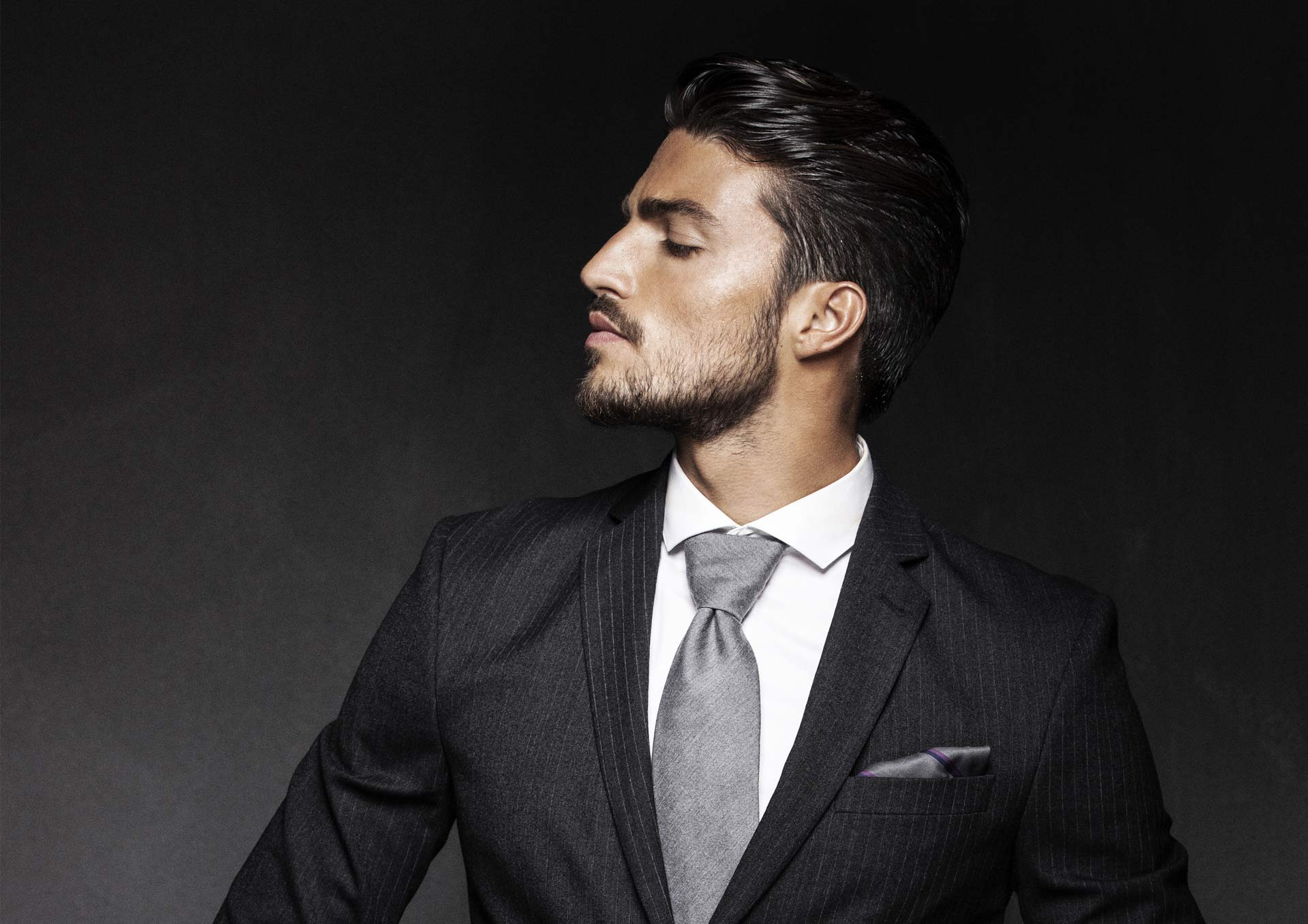 Mariano Di Vaio Posted By John Sellers