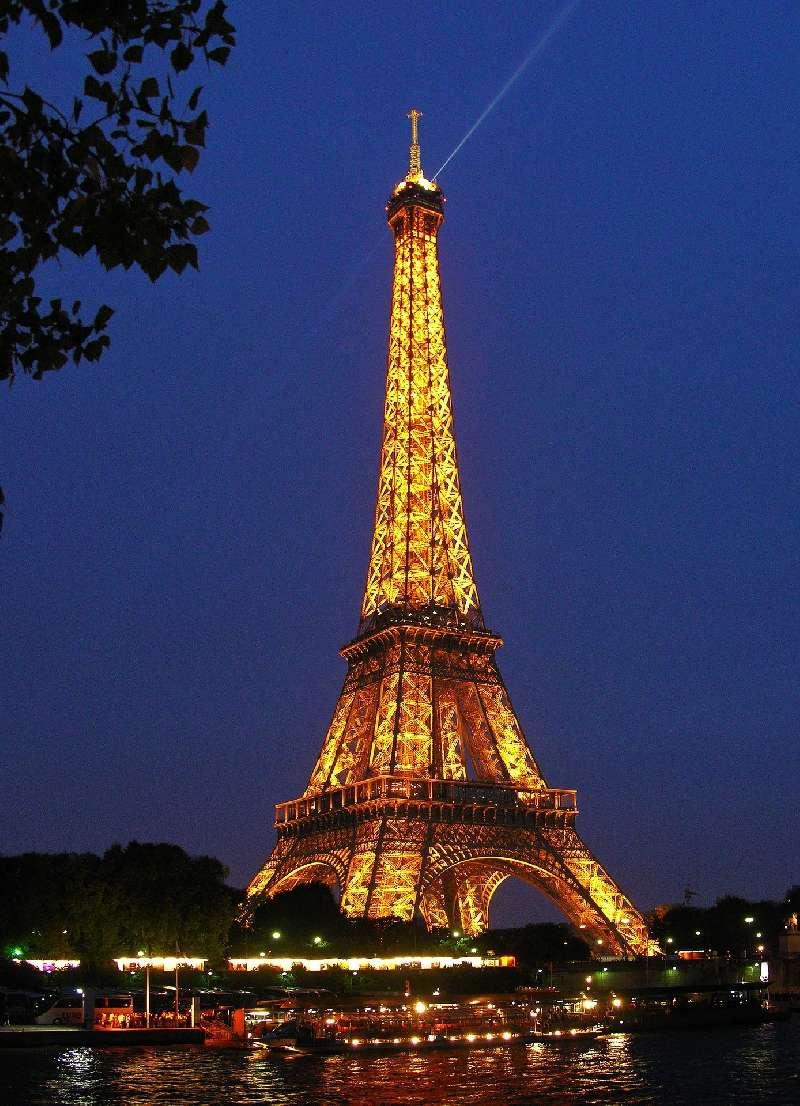 Menara Eiffel Wallpaper Posted By Michelle Simpson