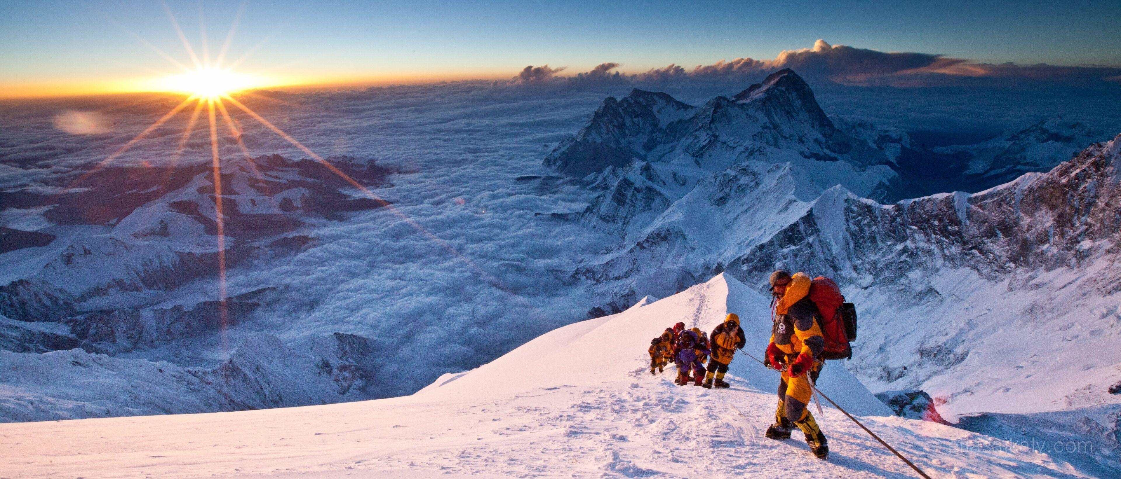 Mount Everest 4k Wallpaper Posted By Christopher Peltier