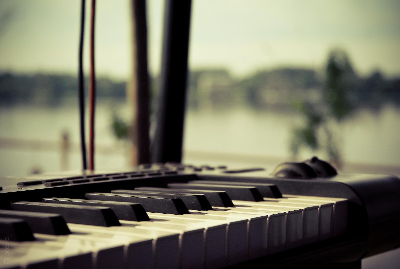 Music Keyboard Wallpaper Posted By Samantha Mercado