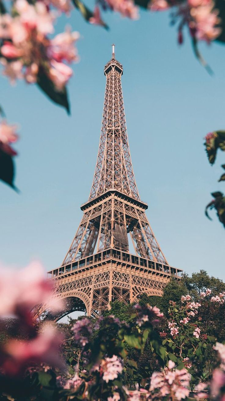 Paris Wallpaper Iphone Posted By Ethan Thompson