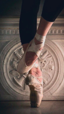 Pointe Shoes Wallpaper Posted By Ryan Simpson