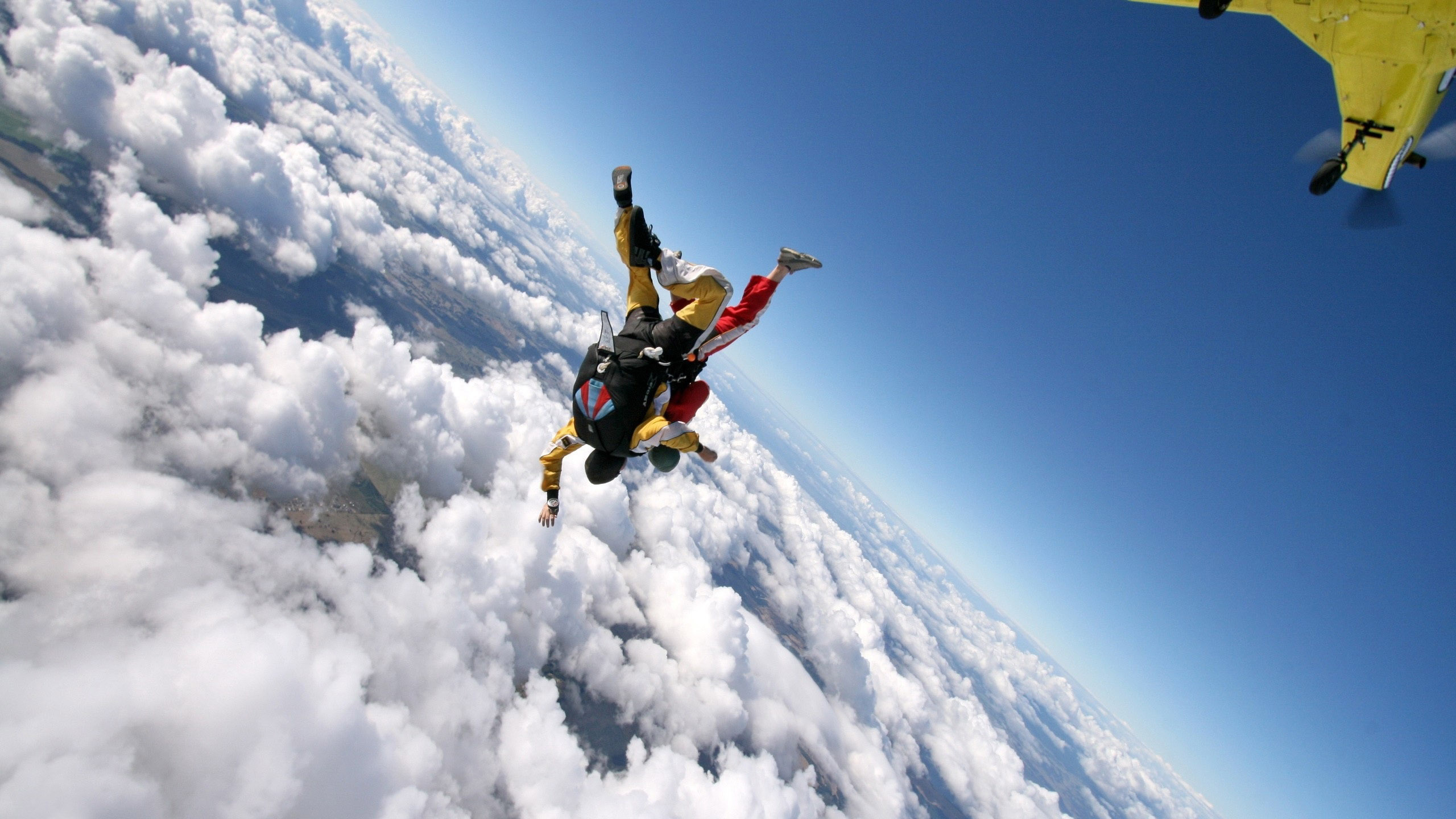 Skydive Wallpapers posted by Sarah Anderson