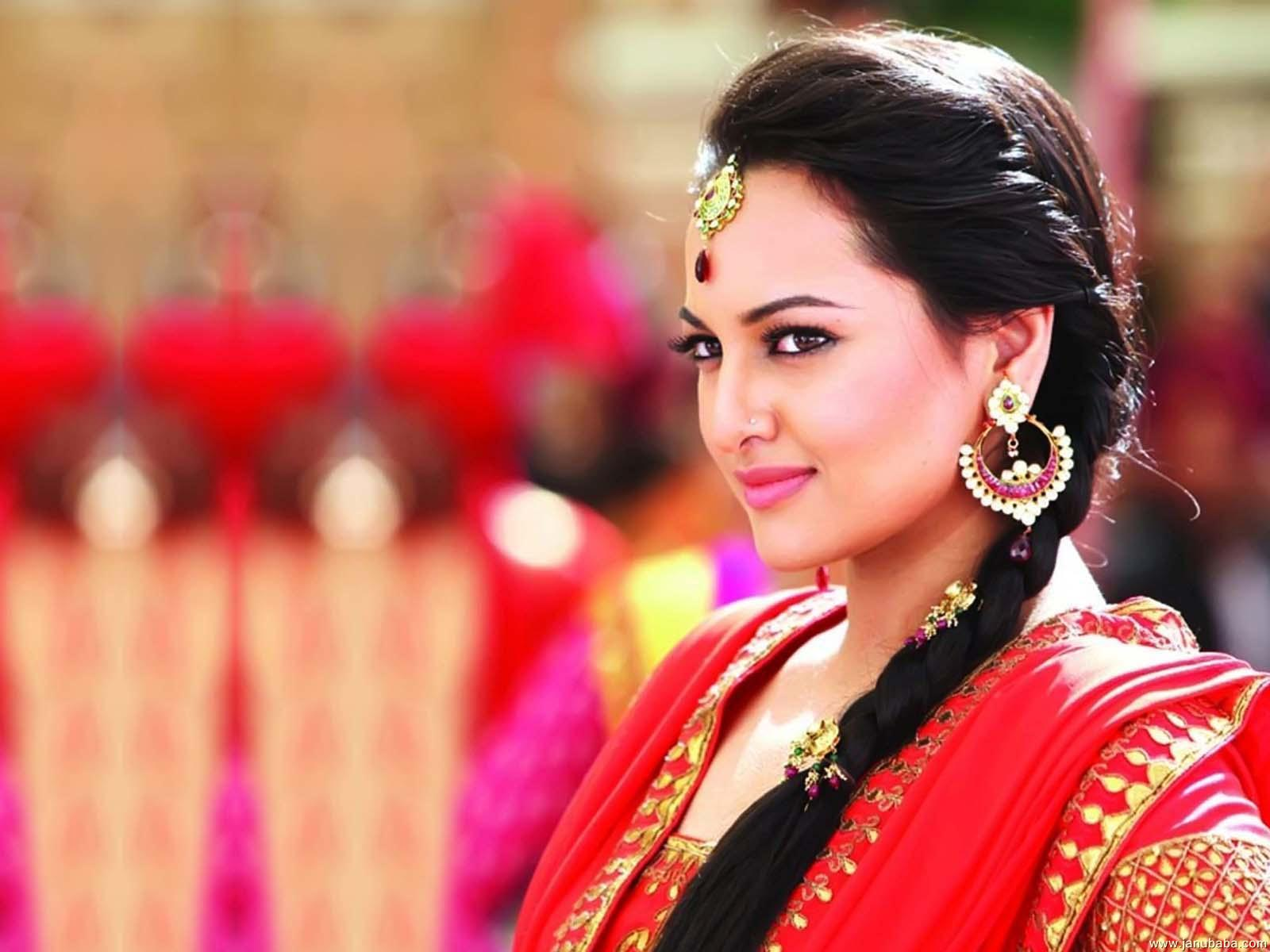 24+ Sonakshi Sinha Wallpapers Full Size
