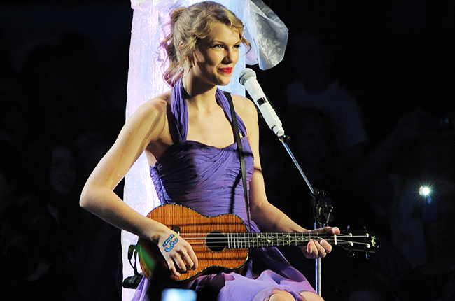 Taylor Swift Speak Now Download Posted By Zoey Cunningham