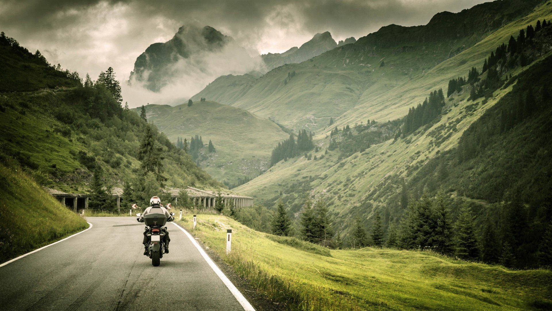 Traveller Wallpapers Posted By Ryan Anderson