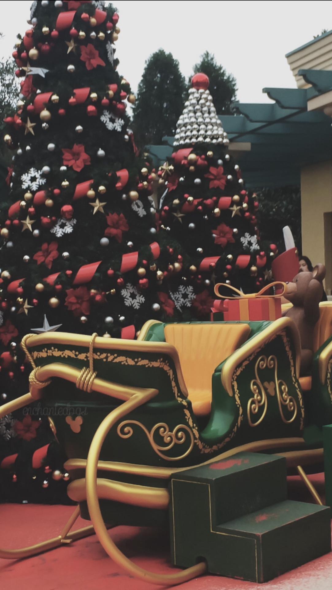 Christmas snow winter lights tumblr food backgrounds cupcake