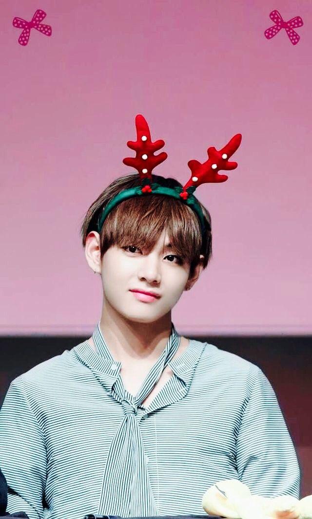 Free download BTS V Cute Reindeer Pinterest 640x1066 for