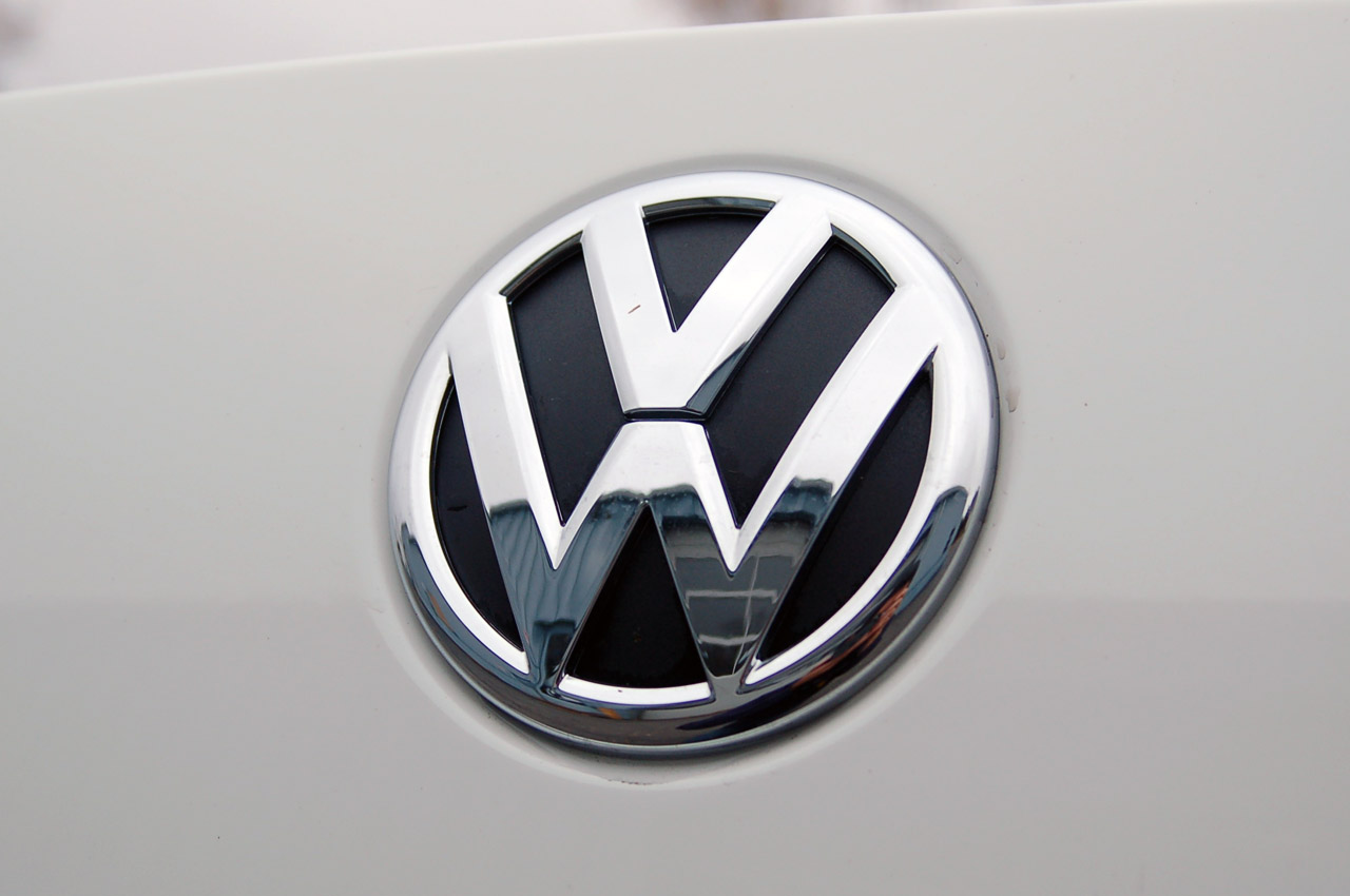 Vw Logo Wallpaper Posted By Michelle Simpson