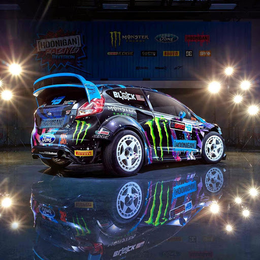 Download Wallpaper Mobil Sport 39++ Image Collections