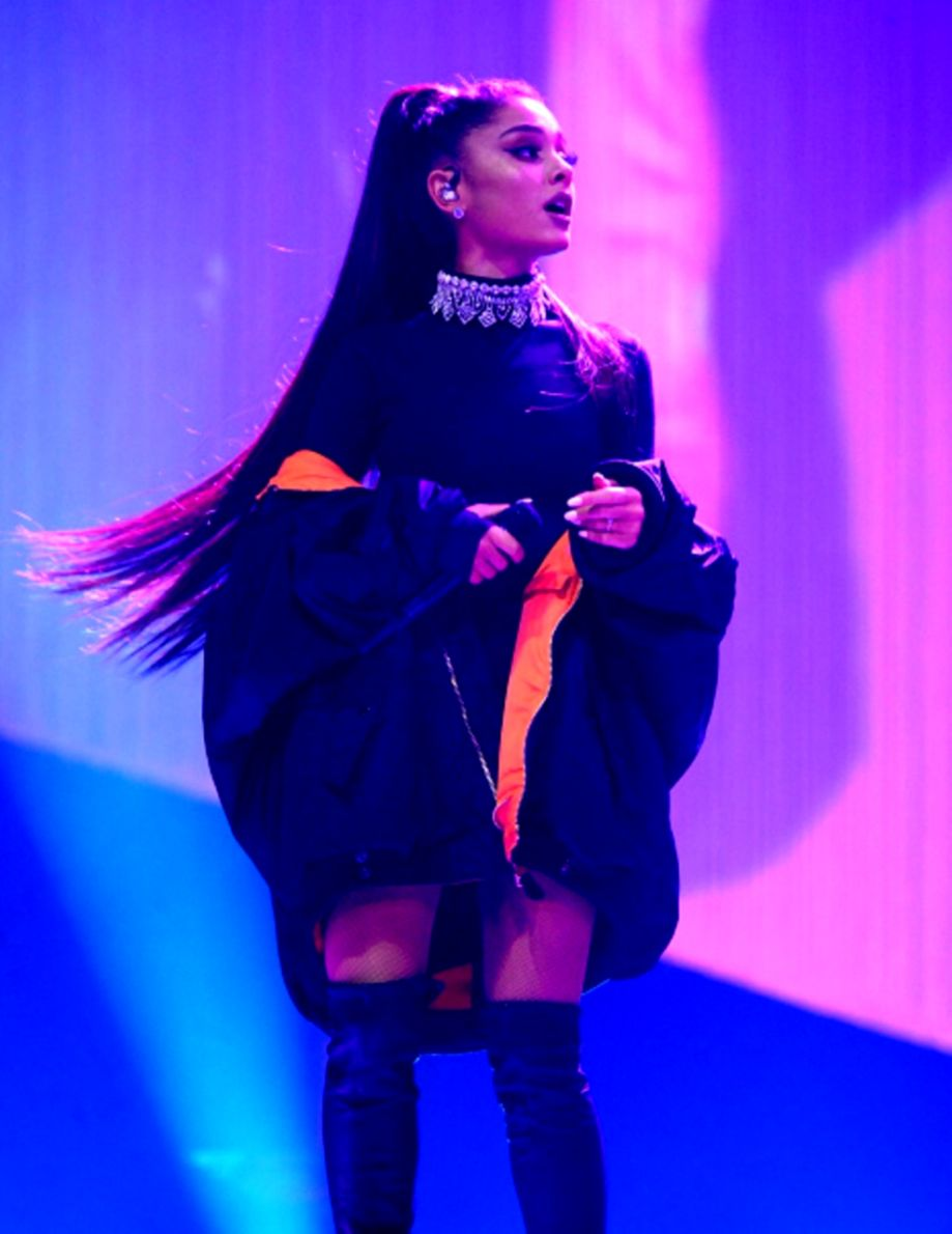 Wallpapers Ariana Grande Posted By Christopher Tremblay