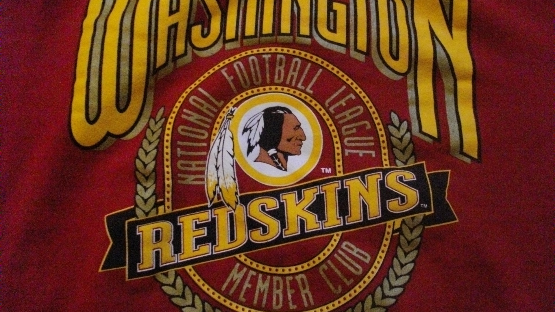 Washington Redskins Iphone Wallpaper Posted By Zoey Cunningham