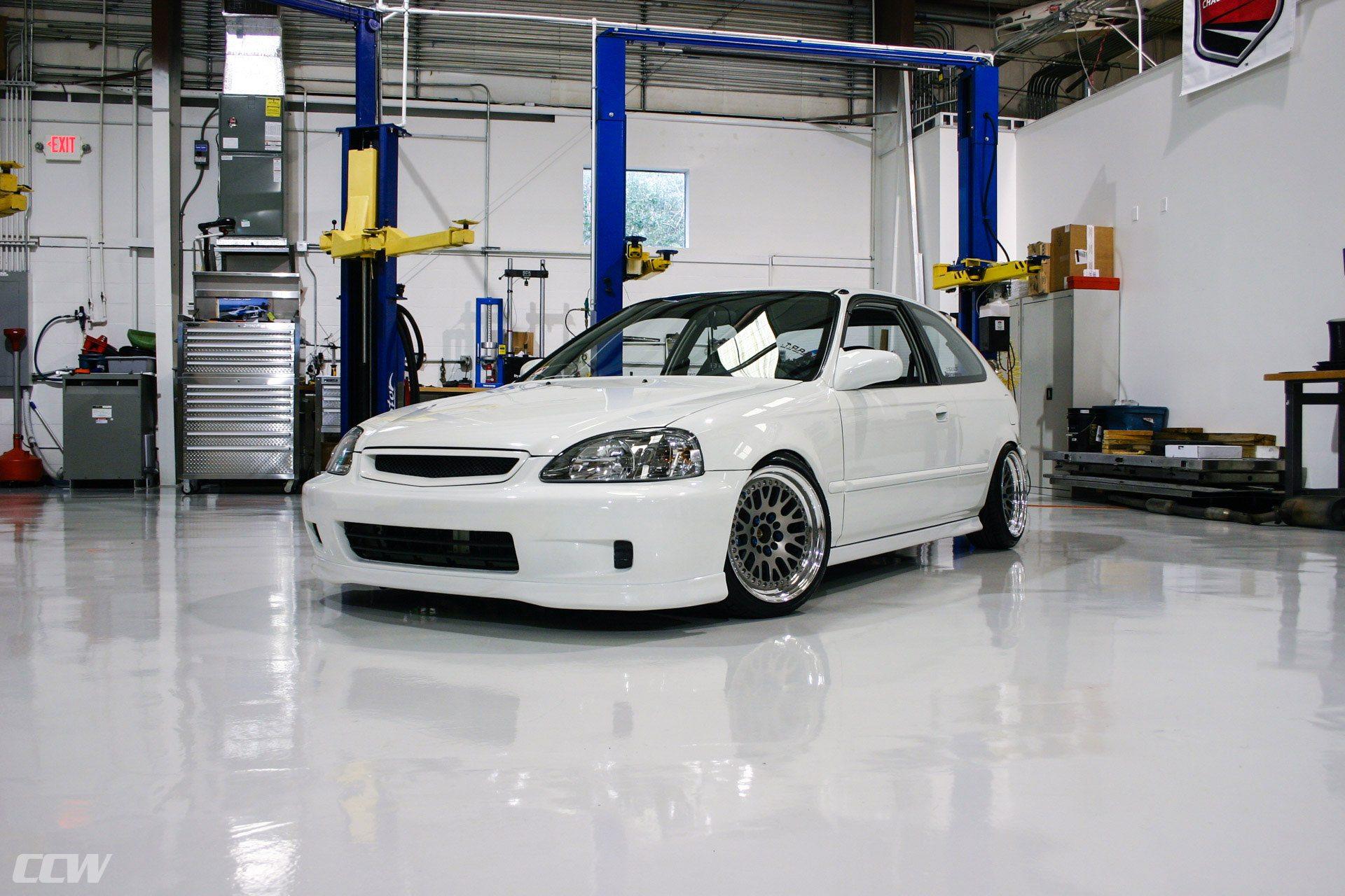 White Ek Hatch Posted By Ryan Mercado