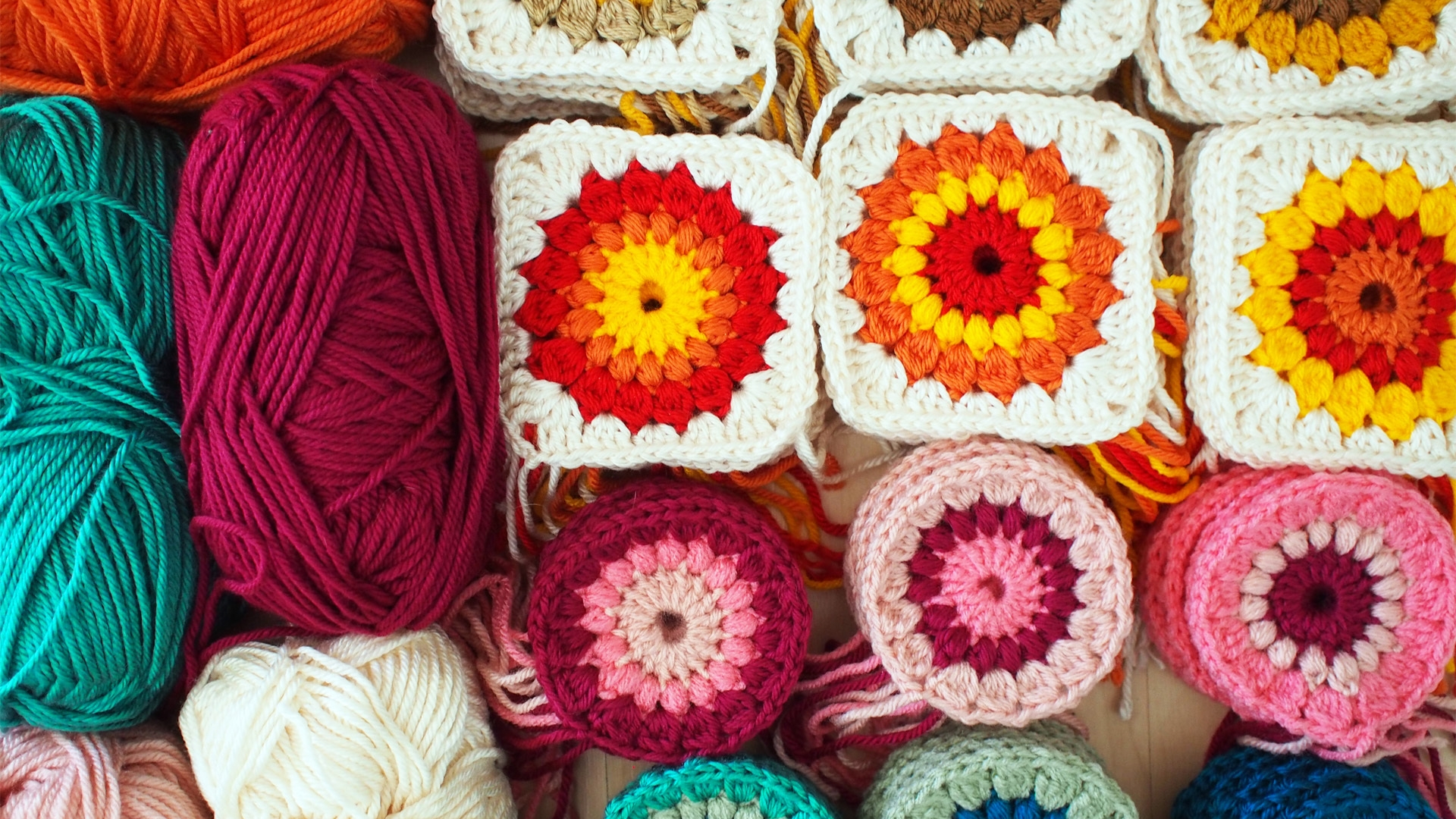 Yarn Wallpaper Posted By Michelle Simpson